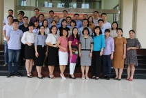 School of Foreign Language opened the second-diploma degree in English, part- time training system at School of Politics Nguyen Van Cu, Bac Ninh province.