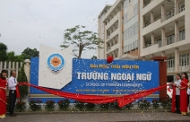 The ceremony of announcing the Decision to establish School of Foreign Language (SFL) - Thai Nguyen University (TNU)